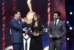 Lauren, Jackky Bhagnani at AIBA Awards on 4th June 2015