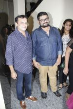 Paresh Ganatra, Deven Bhojani spotted outside PVR Juhu after watching Dil Dhadakne Do on 4th June 2015 (9)_5571814e15ed7.JPG