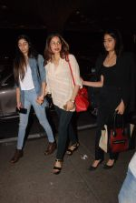 Sridevi, Jhanvi Kapoor, Khushi Kapoor leave for IIFA on 4th June 2015