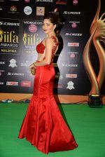 Kanika Kapoor at IIFA 2015 Awards day 3 red carpet on 7th June 2015