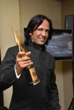 Kay Kay Menon at IIFA 2015 Awards day 3 red carpet on 7th June 2015 (356)_5575a048cffc2.JPG