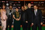 Shankar Mahadevan, loy Mendonsa, Ehsaan Noorani, Siddharth Mahadevan at IIFA 2015 Awards day 3 red carpet on 7th June 2015