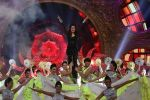 Shraddha Kapoor performs at IIFA Awards 2015
