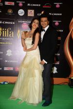 genelia D Souza, Riteish Deshmukh at IIFA 2015 Awards day 3 red carpet on 7th June 2015 (169)_55759f3f8e4b7.JPG