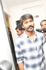 Dhanush at Essensuals RA Puram Launch on 8th June 2015 (1)_5576abdcd400c.jpg