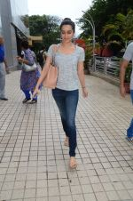Shraddha Kapoor snapped with cousin Priyank on 14th June 2015 (28)_557d814eca1f0.JPG