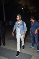 Varun Dhawan danced at the airport for our shutterbug on 13th June 2015