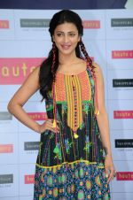 Shruti Hassan launches Haute Curry collection for Shoppers Stop on 16th June 2015 (68)_558029c45f407.JPG