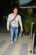 Sohail Khan snapped at the airport in Mumbai on 15th June 2015