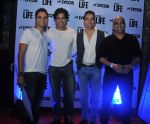 Chintoo Bhosle, Karan Oberoi,Sudhanshu Pandey and Sherrin varghese at Lycos Life Product presents Band From TV� Live In India in Blu Frog on 16th June 2015_5581272af0c07.jpg