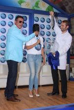 Richa Chadda And Boman Irani Take Ambi Pur_s Glass House Challenge (42)_558124b532cc9.JPG