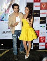 Varun Dhawan and Shraddha Kapoor in Gurgaon for ABCD2 on 16th June 2015 (27)_558117901b65c.JPG