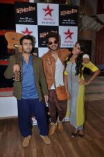 at Star Plus launches Batameez Dil show in Mumbai on 16th June 2015 (8)_558116d4382e5.JPG