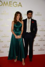 Abhishek Bachchan at Cindy Carwford Omega meet n greet in Taj Hotel on 18th June 2015 (22)_5583cbe22af90.JPG