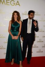 Abhishek Bachchan at Cindy Carwford Omega meet n greet in Taj Hotel on 18th June 2015 (28)_5583cbe40a57a.JPG