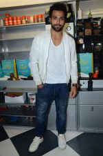 Rithvik Dhanjani at Zapato launch in Prabhadevi on 20th June 2015