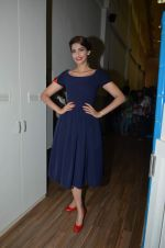 Sonam Kapoor at Go Bonkers launch in Colaba on 20th June 2015 (72)_5586ed554ff6f.JPG