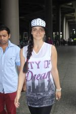 Elli Avram snapped at international airport on 22nd June 2015 (14)_5588f3f16c694.JPG