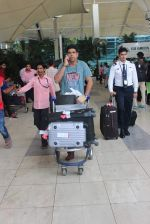 Murli Sharma snapped at domestic airport in Mumbai on 22nd June 2015 (17)_5588f3b96ebd1.JPG