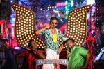 Dhanush in Maari Movie (11)_558ba2a43ab64.jpg