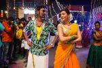 Dhanush, Kajal Aggarwal in Maari Movie (15)_558ba29f96a20.jpg