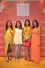 Pooja Kanwal, Anita Kanwal at Anju Modi showcases her bridal collection for AZA and the Vogue Bridal show in AZA on 24th June 2015 (60)_558b9e07333cd.JPG