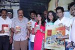Sonalee Kulkarni, Sachin Khedekar, Amey Wagh at Shutter music launch in Mumbai on 25th June 2015 (121)_558c1210d63ac.JPG