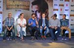 Adnan Sami, Kabir Khan at Bajrangi Bhaijaan song launch in Mumbai on 25th June 2015 (54)_558cfa1924bae.JPG