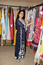 Padmini Kolhapure at Poonam Dhillon_s charity for Maharashtra farmers in Mumbai on 25th June 2015 (28)_558d064396cea.JPG