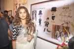 Vidya Balan at Charlie Chaplin Exhibition in Mumbai on 25th June 2015 (25)_558cf95b956c8.JPG