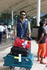 Nandish Sandhu snapped at airport in Mumbai on 26th June 2015