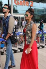 Rashmi desai, nandish Sandhu snapped at airport in Mumbai on 26th June 2015