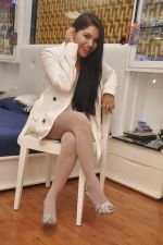 Rekha Rana heads to NYFA on 26th June 2015 (34)_558e71054e94a.JPG
