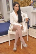 Rekha Rana heads to NYFA on 26th June 2015 (36)_558e710826165.JPG