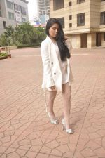 Rekha Rana heads to NYFA on 26th June 2015 (51)_558e71186112e.JPG