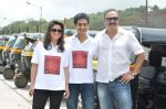 Sachin Khedekar, Sonalee Kulkarni, Amey Wagh at Shutter film promotions with rickshaw drivers in Filmcity, Mumbai on 27th June 2015 (39)_55917647e7a87.JPG