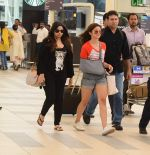 Alia Bhatt snapped with sister as she returns from her family vacation after 15 years in Hyderabad on 27th June 2015