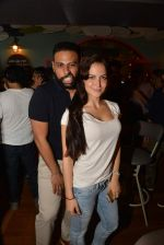 Elli Avram, Andy at Fatty Bow restaurant launch in Bandra, Mumbai on 27th June 2015 (51)_55917830ae260.JPG