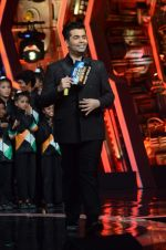 Karan Johar at IGT grand finale in Filmcity, Mumbai on 27th June 2015 (24)_559177274cf2a.JPG