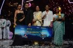 Kiron Kher, Karan Johar, Malaika Arora Khan at IGT grand finale in Filmcity, Mumbai on 27th June 2015 (114)_5591778c14634.JPG
