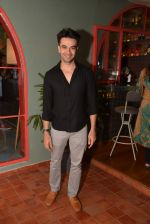 at Fatty Bow restaurant launch in Bandra, Mumbai on 27th June 2015 (8)_559177f4e1cf6.JPG
