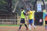 Abhishek Bachchan, Ranbir Kapoor snapped at all star football practice session in Bandra, Mumbai on 28th June 2015 (68)_55922e48bd4b0.JPG