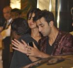 Katrina Kaif, Ranbir Kapoor at arjun kapoor bday celebration on 27th June 2015 (34)_55922cf7b7efb.JPG