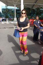 Laxmirai snapped at airport in Mumbai on 29th June 2015 (21)_55923c7b68848.JPG