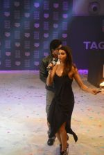 Shah Rukh Khan launches Tag Heuer_s Don_t Crack Under Pressure initiative in Mumbai on 29th June 2015 (27)_55923ba43507e.JPG