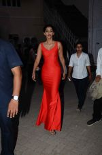 Sonam Kapoor snapped at mehboob studios on 28th June 2015 (27)_559230f47dd0f.JPG