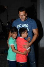 salman Khan snapped at mehboob studios on 28th June 2015 (26)_559230c89ac67.JPG