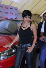Mandira Bedi at streetsmart street safe campaign launch by top gear magazine and mumbai police on  30th June 2015 (24)_5593af4a517cb.JPG