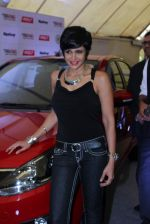 Mandira Bedi at streetsmart street safe campaign launch by top gear magazine and mumbai police on  30th June 2015 (26)_5593af4c6a5a9.JPG