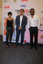 Mandira Bedi, Sunil Shetty at streetsmart street safe campaign launch by top gear magazine and mumbai police on  30th June 2015 (32)_5593af7fc9a10.JPG